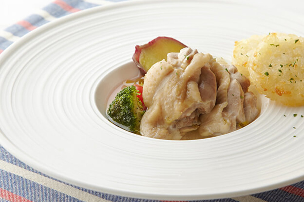 鶏もも肉のブロード煮