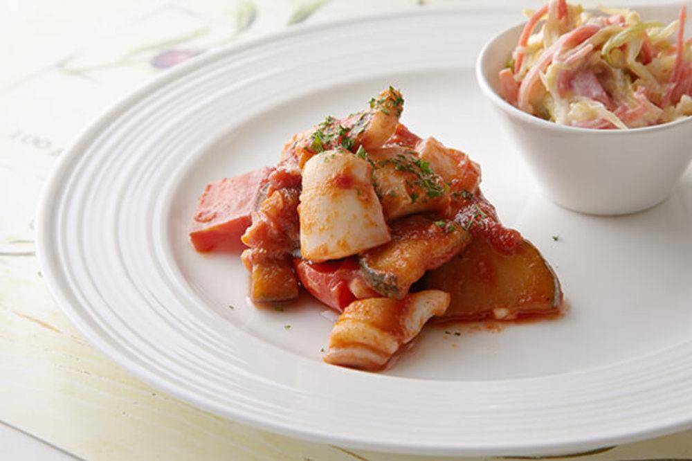 イカ・ナス・パプリカのトマト煮