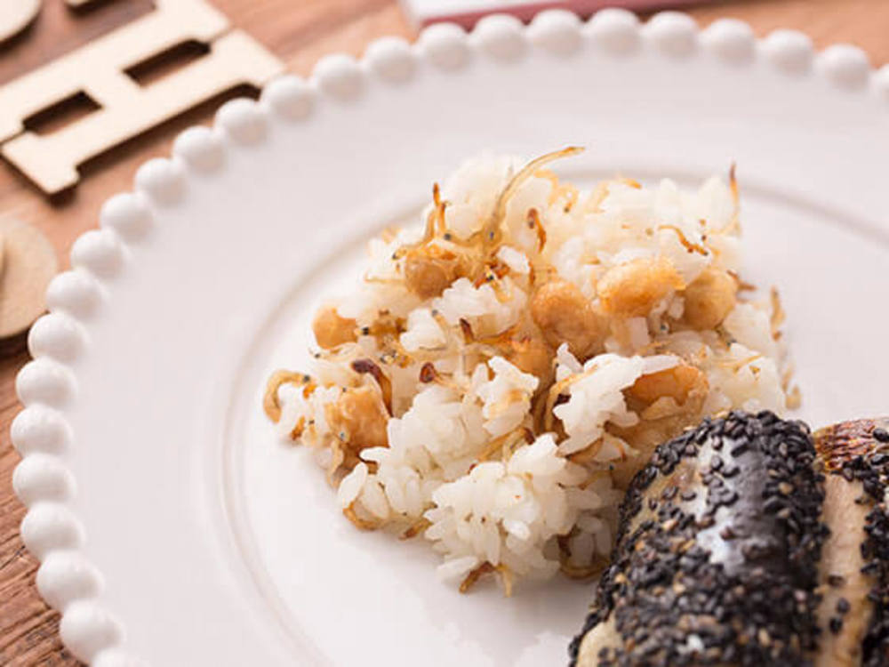 大豆とじゃこのカリカリご飯
