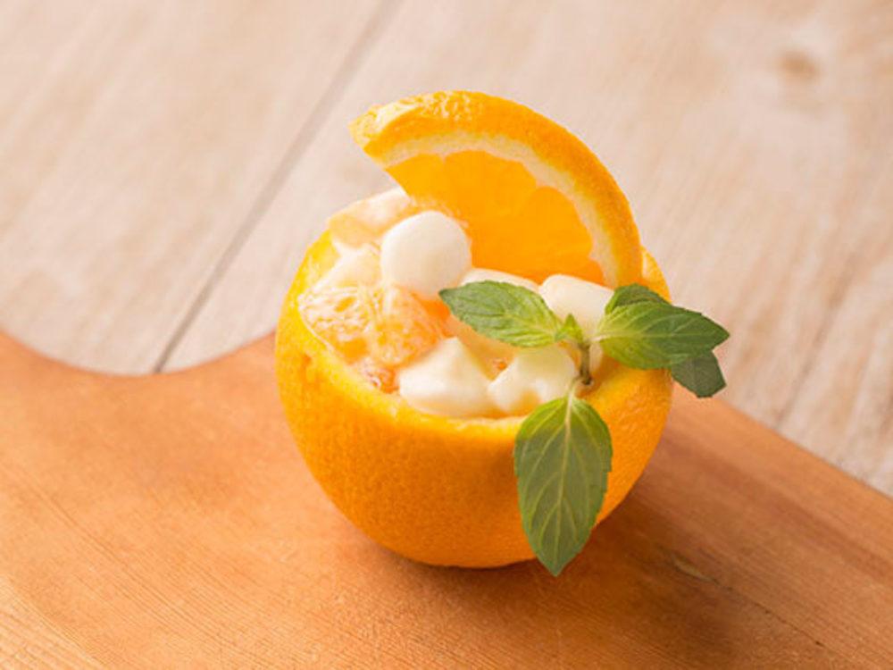 くり抜きオレンジのフルーツバスケット