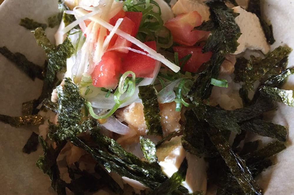 茹で鶏&豆腐の絶品漬け丼