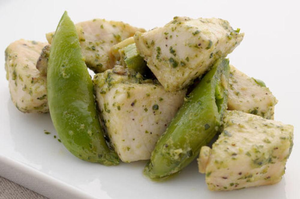 カジキマグロと春野菜のコロコロソテー バジルマヨ風味