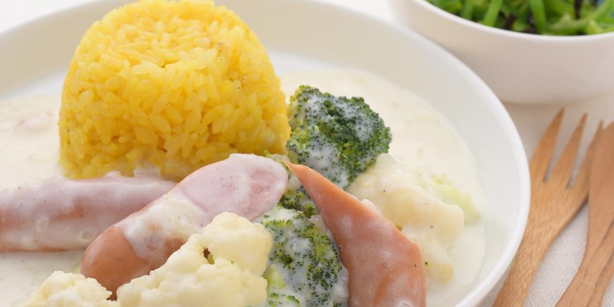 つぼみ野菜のソーセージシチュー