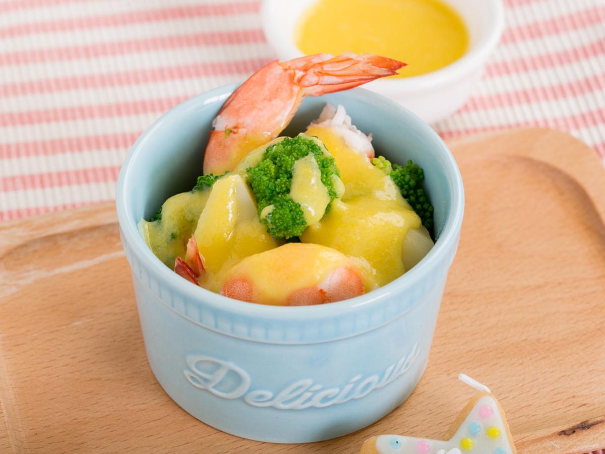 コーンドレッシングの温野菜サラダ