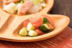 トマトときゅうりのさっぱりサラダ