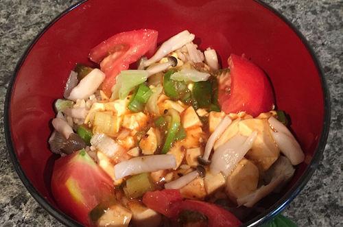 トマト入りヘルシー麻婆豆腐丼