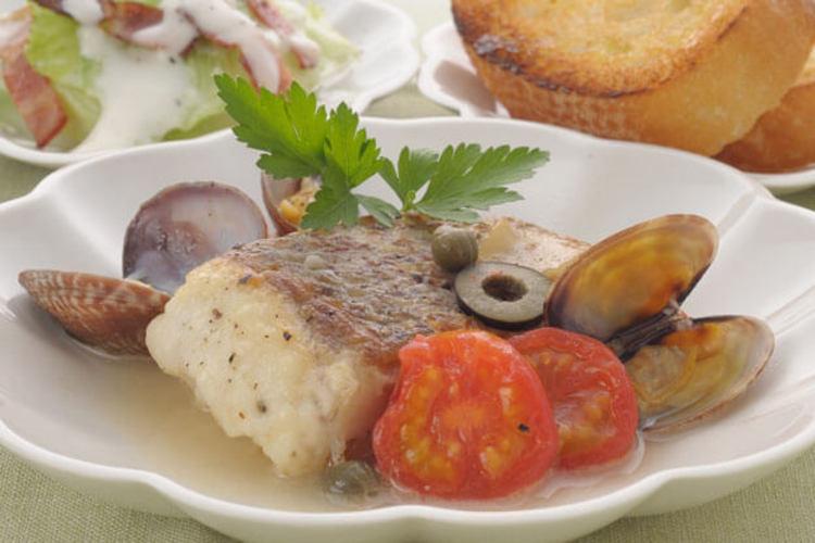 白身魚のアクアパッツア