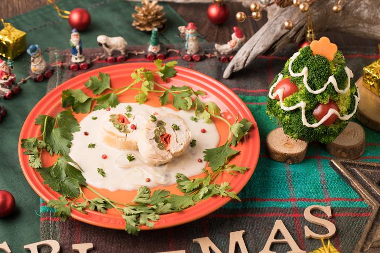 クリスマスロールチキン~きのこのクリームソース~